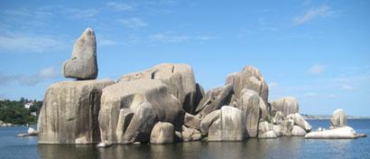 Bismarck-rocks-Mwanza