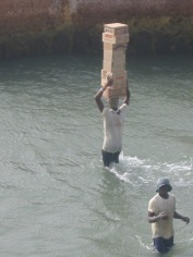 17 Banjul Crossing 012