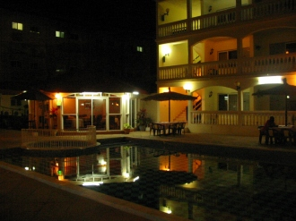 02 Hotel 003